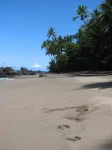 Costa-Rica-face-à-l'Arrogance-Française-san-pedrillo