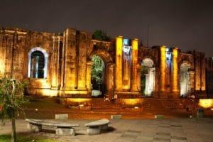 Cartago ruines illuminées pour centenaire