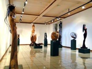 Bois-et-pierre-Tony-Jimenez-sculpteur-atelier
