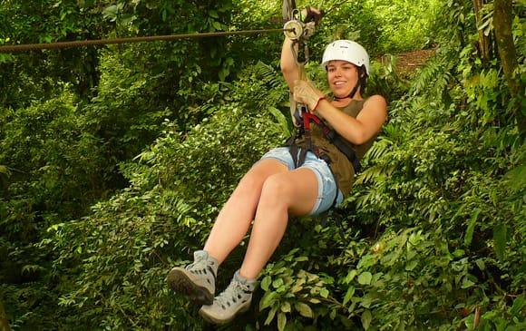Activitéphare du Costa Rica : le Canopy ou tyrolienne