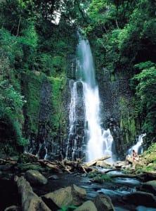 Et-vous-pour-quel-tourisme-optez-vous-cascade-corcovado