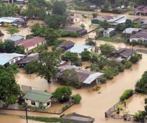 Vue aérienne des inondations à Parrita