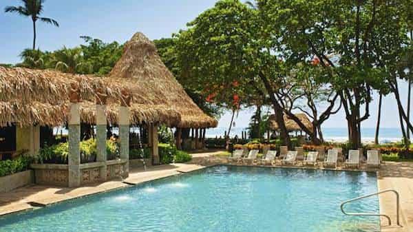 Hotel de plage sur la station balnéaire de Tamarindo, hotel Diria