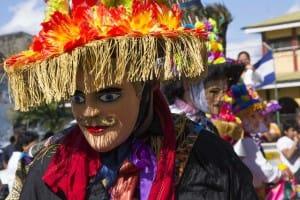 masque-toro-huaco-danses-nicarqagua