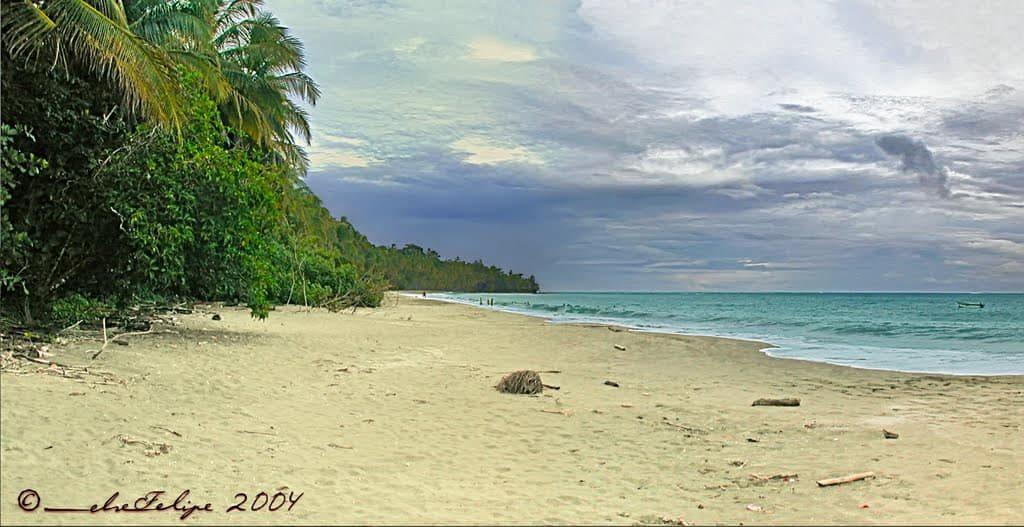 plage-puerto-vargas-cahuita-costa-rica-decouverte