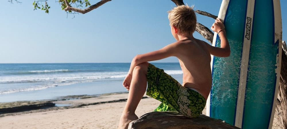 Enfant surf costa rica