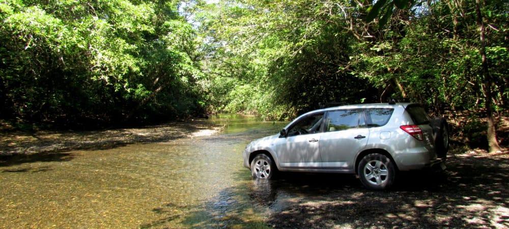 Balade en 4x4 dans la jungle du Costa Rica transport idéal d'un voyage au Costa Rica