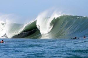 Surf, salsa brava, puerto viejo costa rica