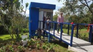 toilettes-costa-rica-decouverte