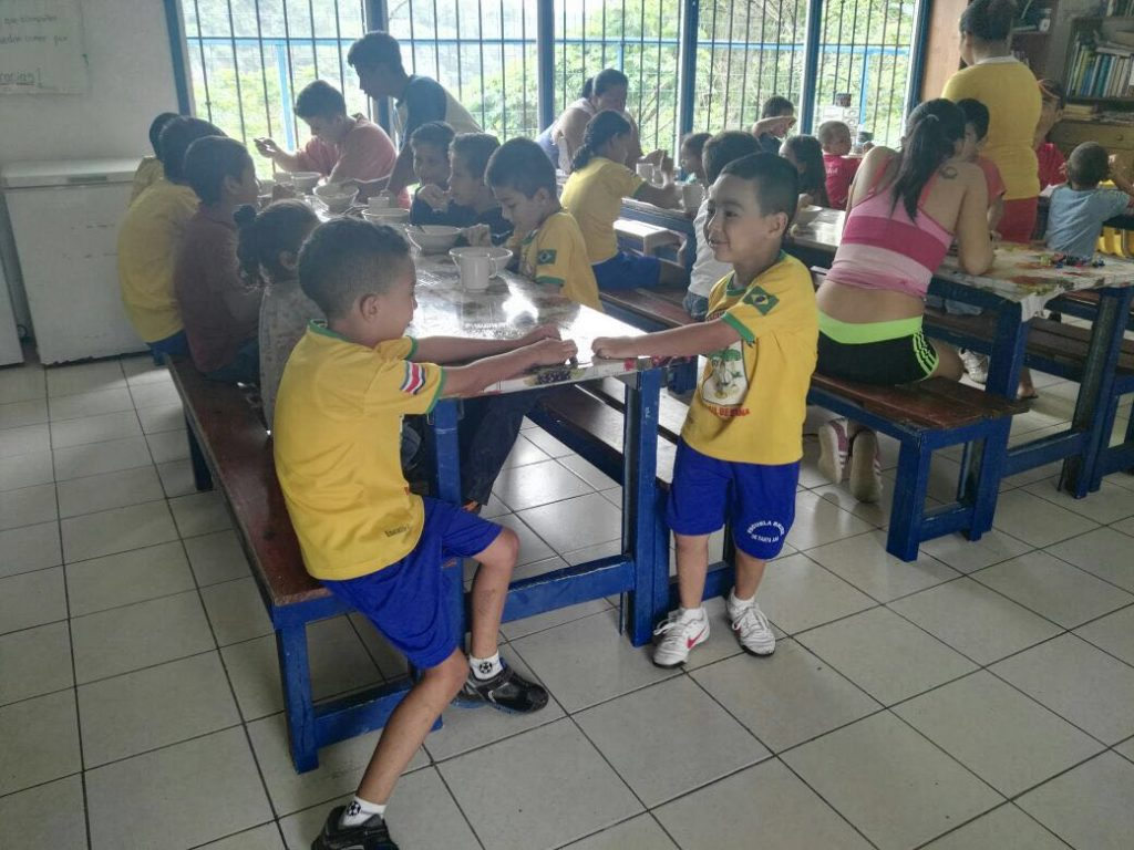 association-enfants-cantine-costa-rica-decouverte