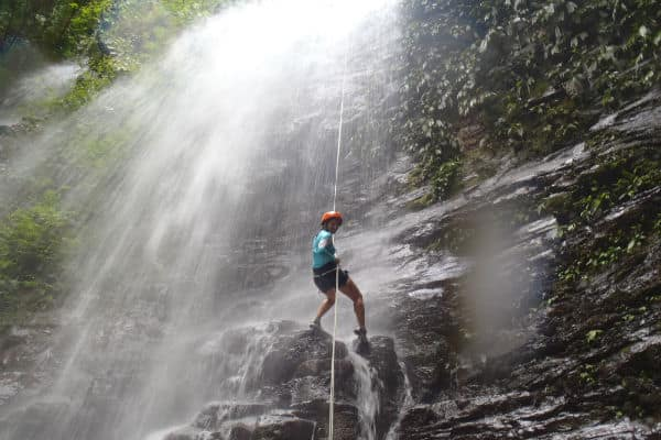 canyoning-cascade-costa-rica-decouverte