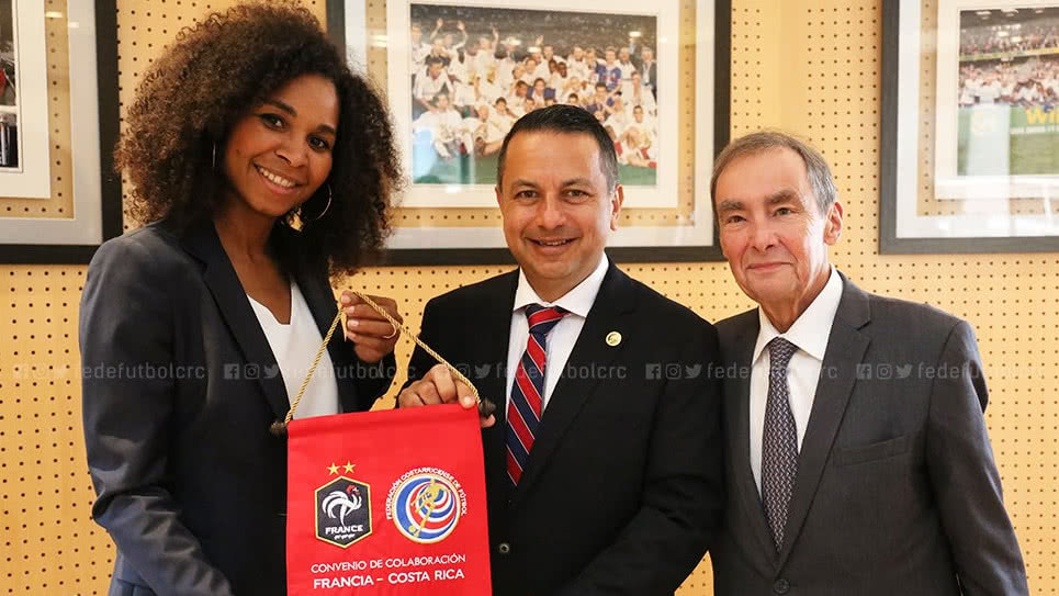 football-feminin-signature-costa-rica-decouverte