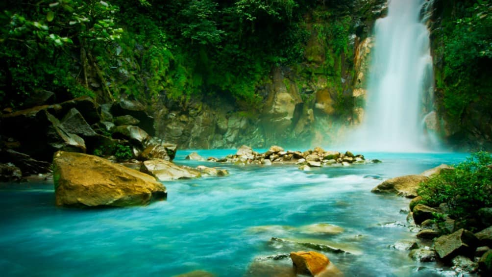 paix-rio-celeste-costa-rica-decouverte