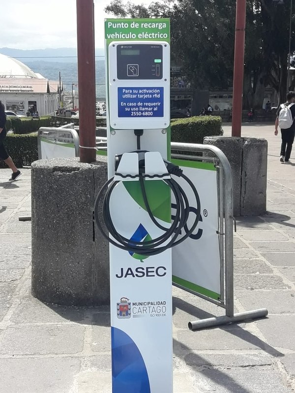 electriques-stations-costa-rica-decouverte