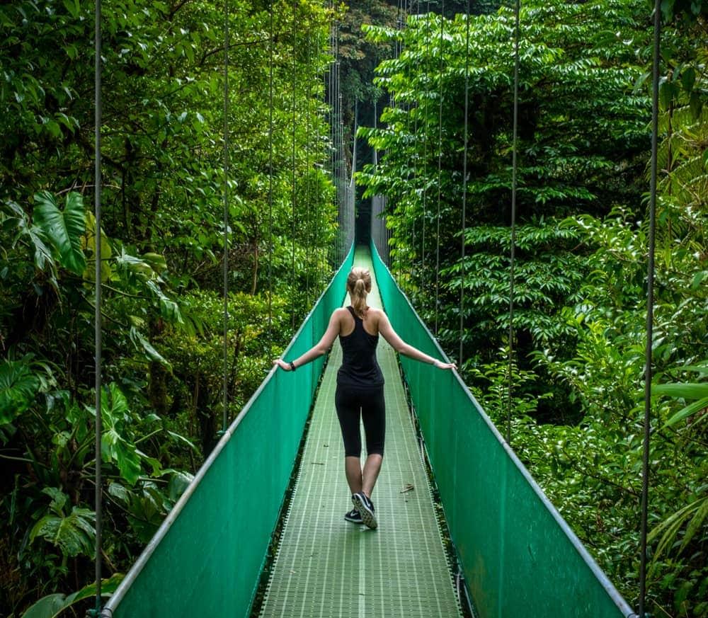 ponts-suspendus-sky-adventures-monteverde-costa-rica-decouverte