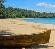 Les eaux turquoises des Caraïbes aux Costa Rica