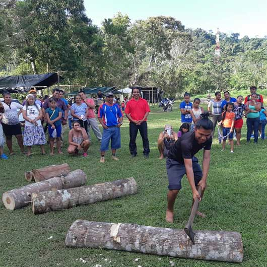 jeux-sportifs-indigenes-coupe-bois-costa-rica-decouverte