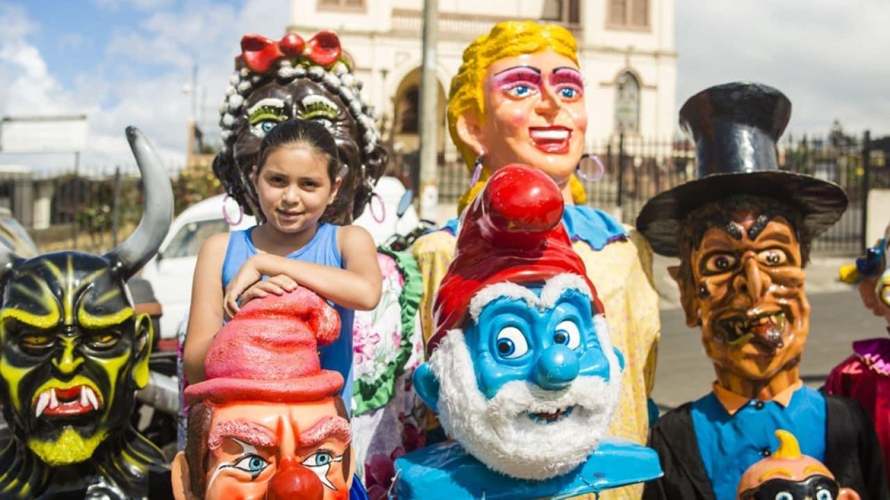 mascarade-masque-defile-costa-rica-decouverte