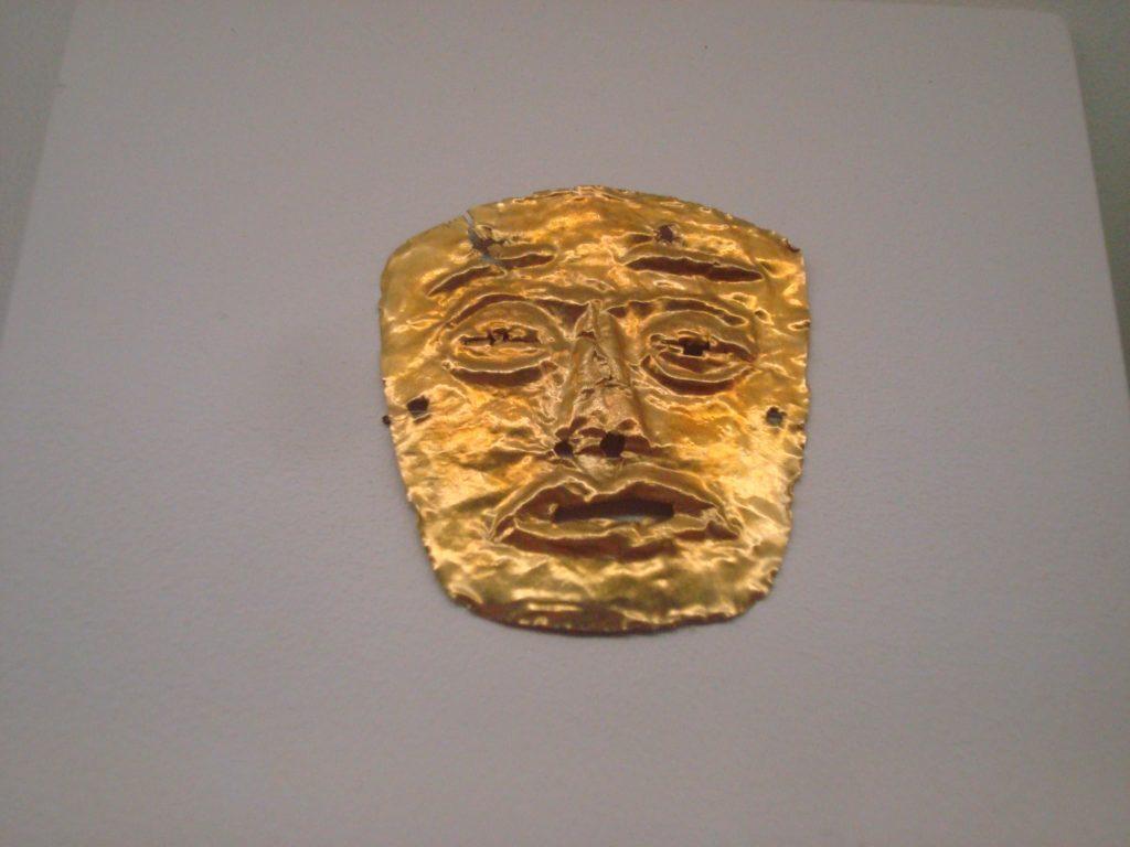 mascarade-masque-or-precolombien-costa-rica-decouverte
