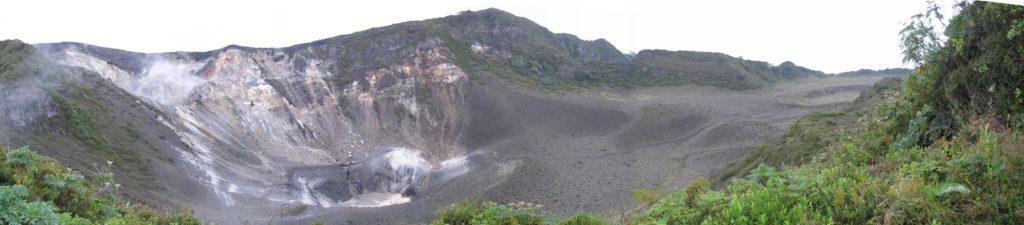 turrialba-volcan-cratere-costa-rica-decouverte